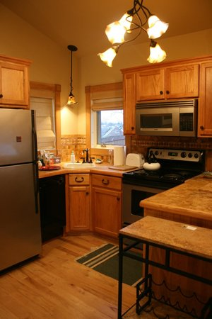 Staunton, VA: kitchen in cottage
