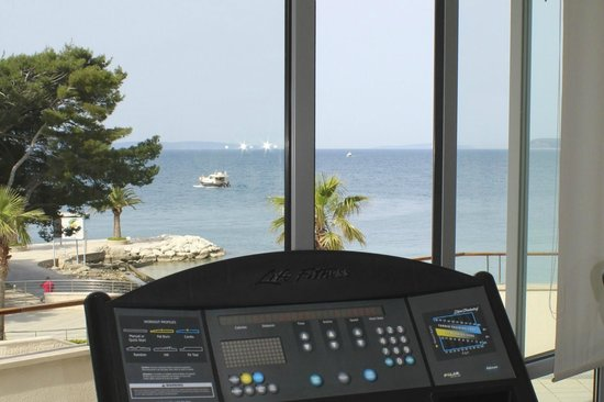 Le Meridien Lav Split: View from Treadmill