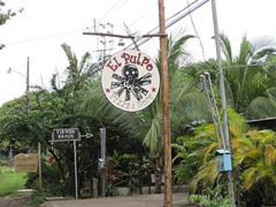 Restaurants in Santa Teresa