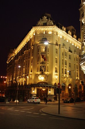 The Westin Palace Madrid: Westin Palace at Night