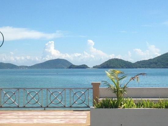 Cape Panwa Hotel: sea