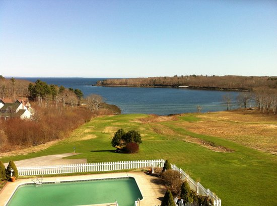 Rockport, ME: The view from the balcony of our room.  Too early for the adirondack chairs this trip.