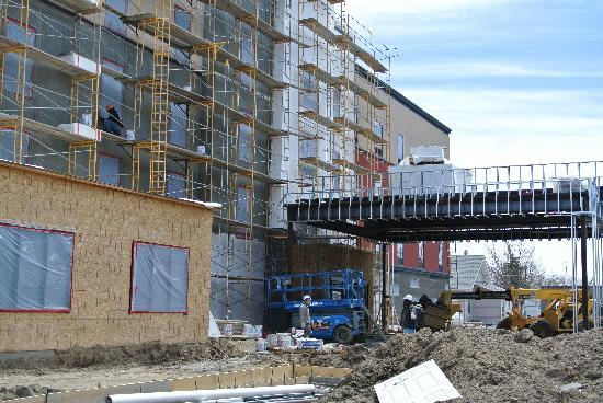 Fort Morgan, CO: front view of construction  of New HAmpton Inn