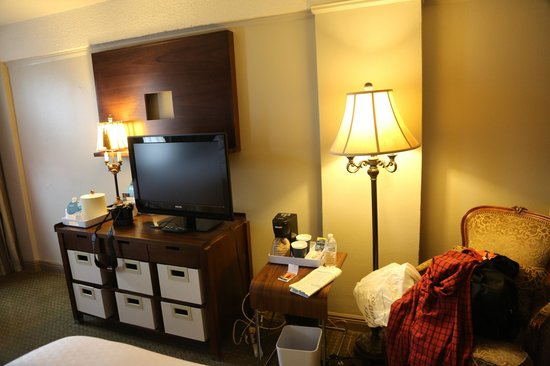 Four Points By Sheraton French Quarter: big screen and all the room you need