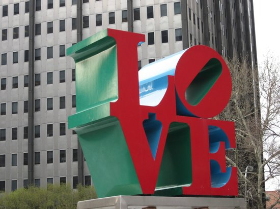 BEST WESTERN PLUS Independence Park Hotel: Famous LOVE Park