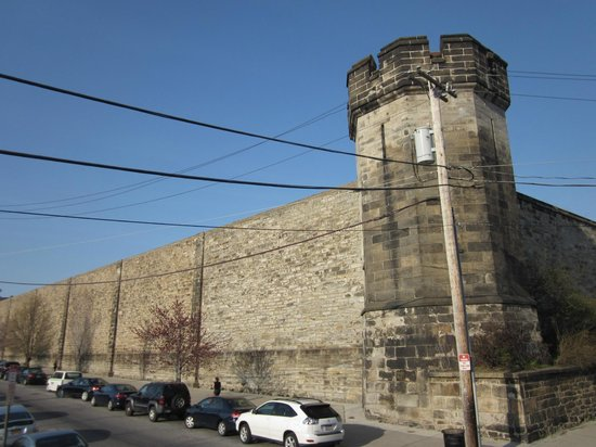 BEST WESTERN PLUS Independence Park Hotel: Eastern Penitentiary - wish I&#39;d gone. Don&#39;t miss it!