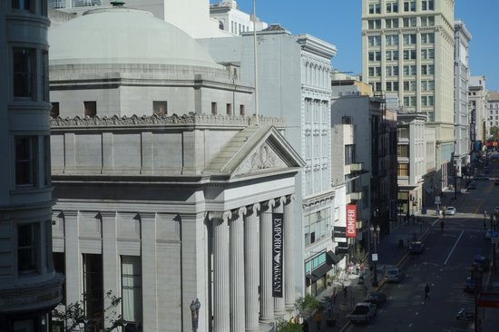 Four Seasons Hotel San Francisco: View from room 1121