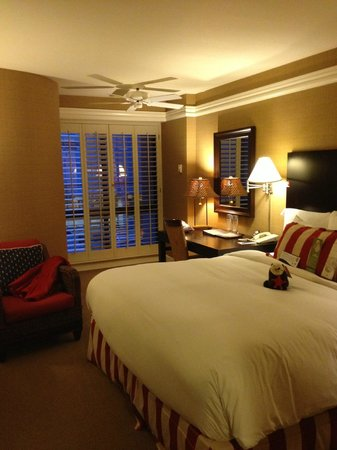 Portola Hotel &amp; Spa at Monterey Bay: King-bed room