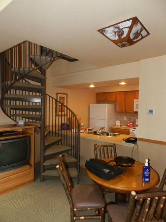 Sunriver, OR: circular stair to bedroom loft