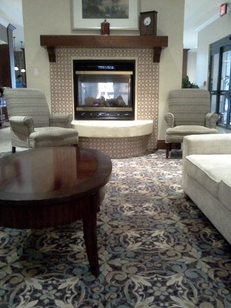 Staybridge Suites San Antonio Sunset Station : Lobby