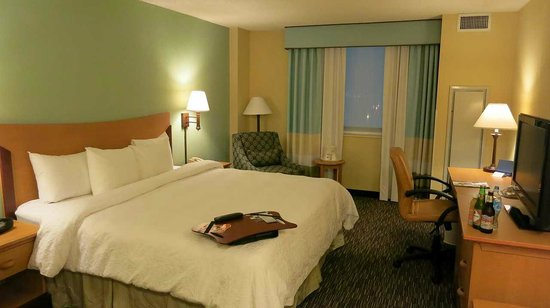 Hampton Inn & Suites - Miami Airport / Blue Lagoon: 部屋