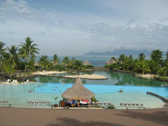InterContinental Resort Tahiti: View from the outside terrace