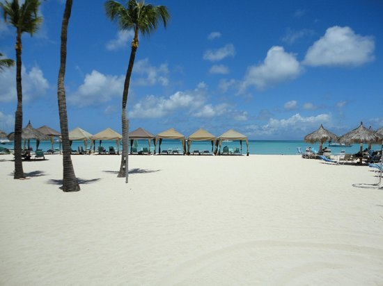 Riu Palace Aruba: Nice view from boardwalk