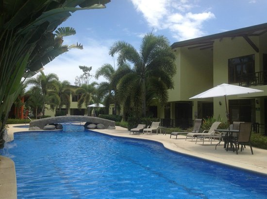 Club Del Cielo: Blissful pool