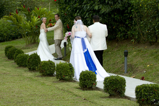‪‪Arenal Volcano Inn‬: double wedding at Arenal Volcano Inn‬