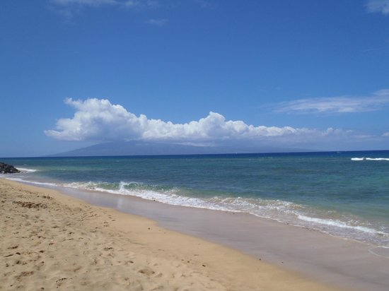 Ka&#39;anapali Beach Club: View of Beach