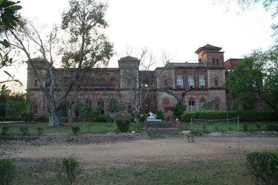 Dhaulpur, India: Another view of the palace