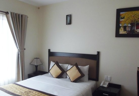 Than Thien Hotel - Friendly Hotel: Double deluxe - nice room