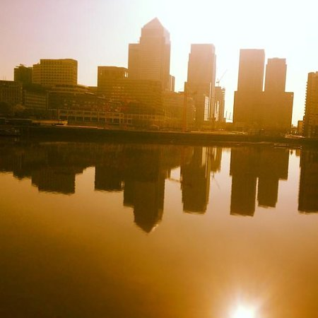 Hilton London Docklands: morning in london, this is from our balcony