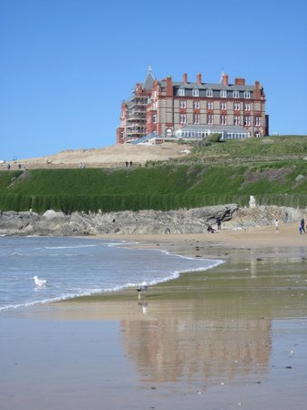 Headland Hotel - Newquay : Fantastic view of the headland from Fistral beach.