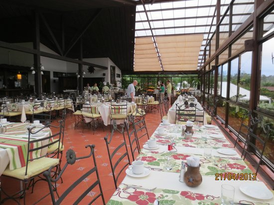 Arenal Springs Resort and Spa: Comedor