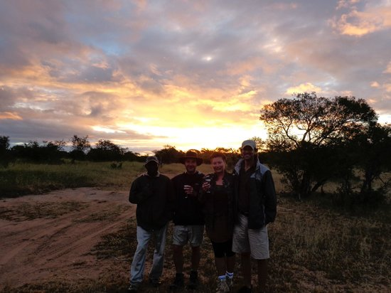 Shindzela Tented Safari Camp: Brilliant Brian, John and spectacularsunset!