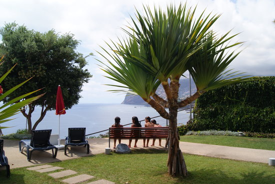 Golden Residence Apartment Hotel: Beautiful View to the Sea and Cabo Girão