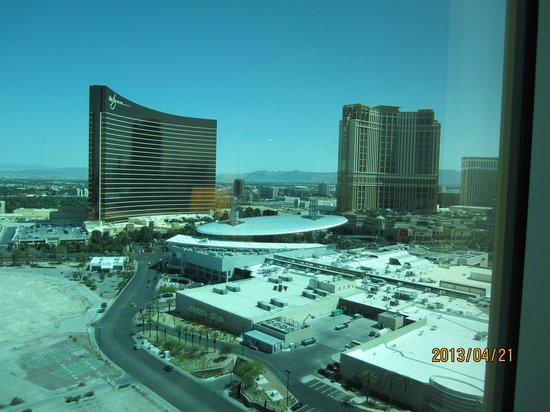 Trump International Hotel Las Vegas: View of Wynn/Encore from room