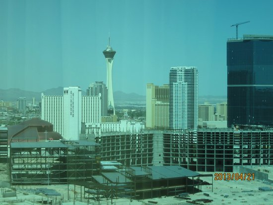 Trump International Hotel Las Vegas: View of Stratosphere from room