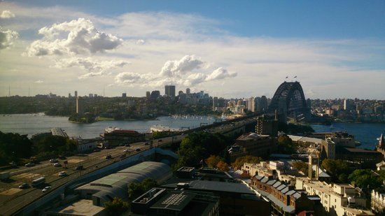 Shangri-La Hotel Sydney: Looking north from Room 1213