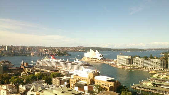 Shangri-La Hotel Sydney: Looking north-east from Room 1213