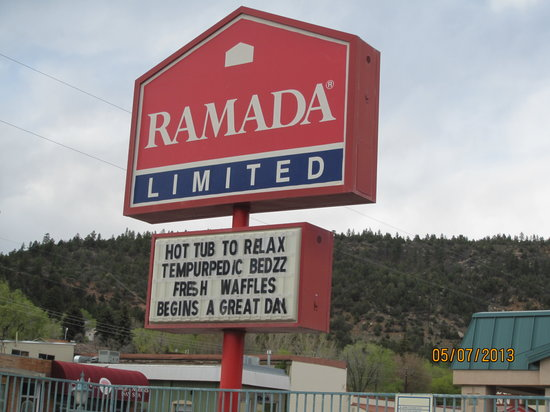 Ramada Limited Durango: Front sign