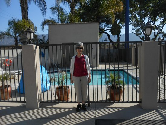 Burbank Inn &amp; Suites: mom in front of pool for scale