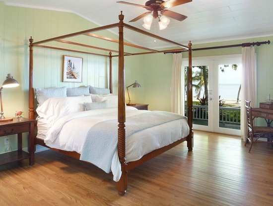 The Moorings Village and Spa: Cottage Bedroom