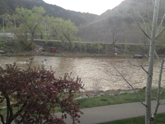 DoubleTree by Hilton Durango: View of the Animas from the balcony.
