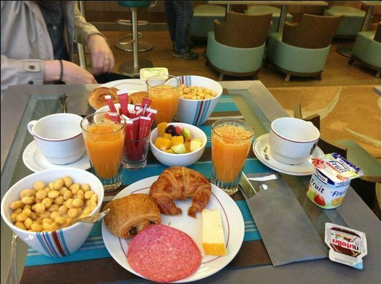 Hotel Astrid: Best free breakfast I've ever had at a hotel