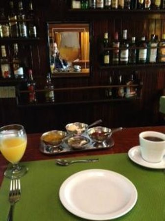 La Mansion Inn Arenal Hotel: Coffee Time