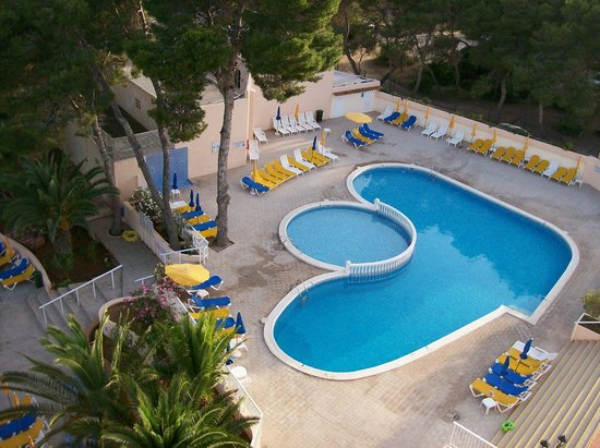 Invisa Hotel Ereso: Pool two