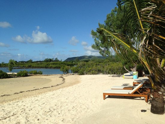 Four Seasons Resort Mauritius at Anahita: Private beach for villa residents