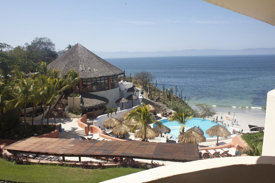Grand Palladium Vallarta Resort & Spa : View from Building 1 overlooking the adult pool