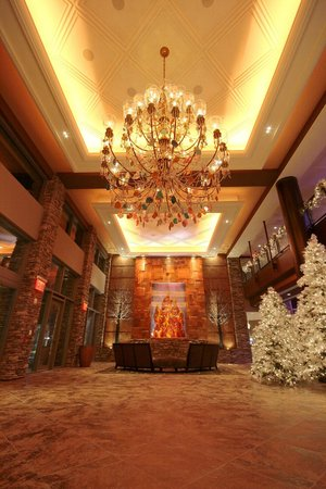 Mount Airy Casino Resort: Hotel Lobby