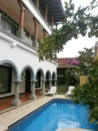 Hotel Colonial: Vista interna