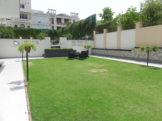 Holiday Inn Jaipur: Garden