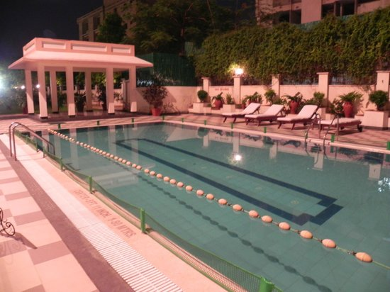 Holiday Inn Jaipur: Pool