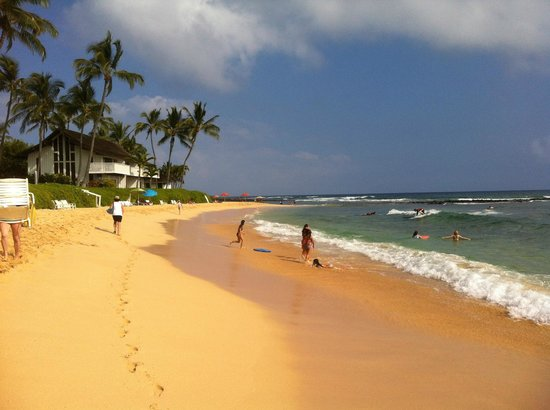 Sheraton Kauai Resort: Main Beach in front of the Hotel