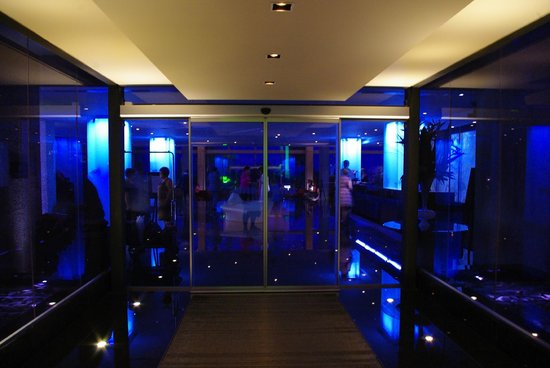 Amathus Beach Hotel Limassol: Entrance