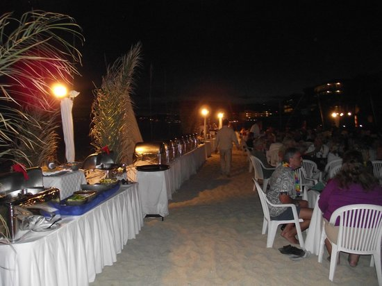 Royal Solaris Los Cabos: one of the dinners on the beach