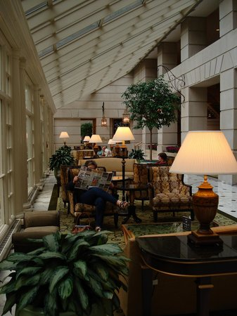 The Fairmont Washington DC : Lobby atrium