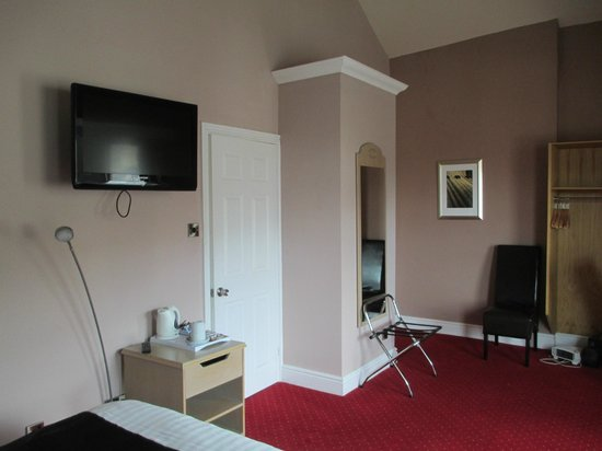Knighton, UK: Room