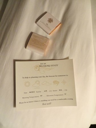 Inn on Biltmore Estate: Evening turndown service